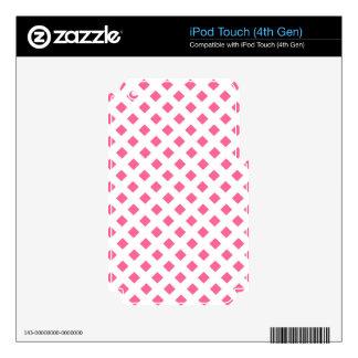 Vibrant Pink Diamond Pattern iPod Touch 4G Skin