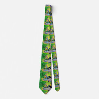VIBRATIONS OF MATTER,FRACTAL WOMAN IN GREEN YELLOW NECK TIE
