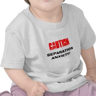 Víctima de la ansiedad de separación camisetas