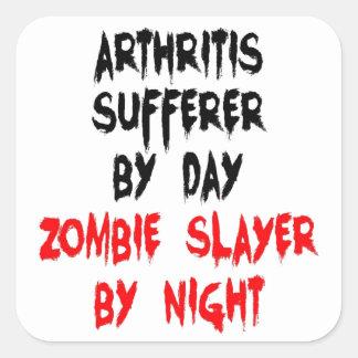 Víctima de la artritis del asesino del zombi pegatina cuadrada