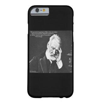 Victor Hugo y cita de la felicidad en el caso Funda De iPhone 6 Barely There