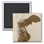 Victoria coa alas de Samothrace Imán