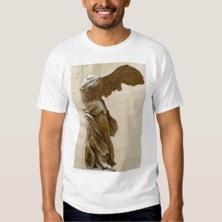 Victoria coa alas de Samothrace Remeras