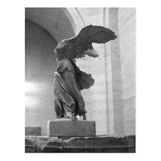 Victoria coa alas estatua griega magnífica de Samo Postal