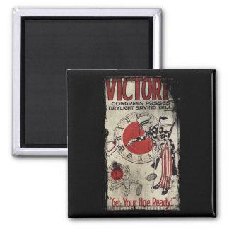 Victoria con el tiempo WWII de los ahorros de luz  Imán Cuadrado