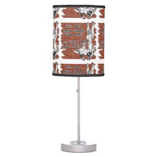 Victoria de lucha lámpara de mesilla de noche