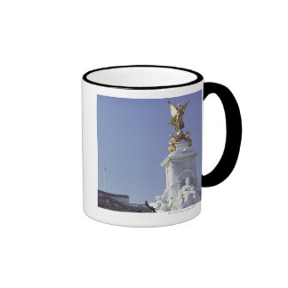 Victoria Monument and Buckingham Palace in Ringer Mug