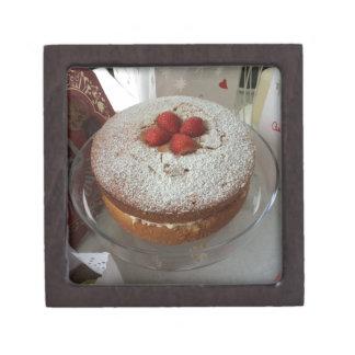 Victoria Sponge Cake Gift Box