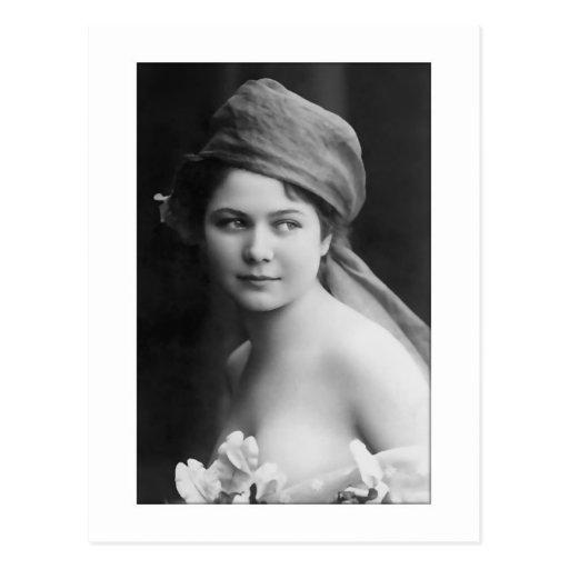 victorian bride black and white, flowers soft port postcard