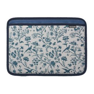 Victorian Design Macbook Sleeve