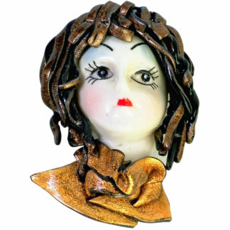 VICTORIAN DOLL HEAD PHOTO SCULPTURE PIN