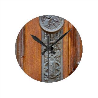 Victorian Doorknob and keyhole Round Clock