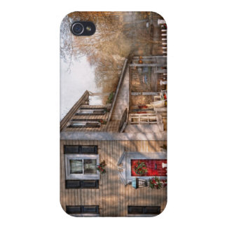 Victorian - Dreaming of skating again iPhone 4 Cases