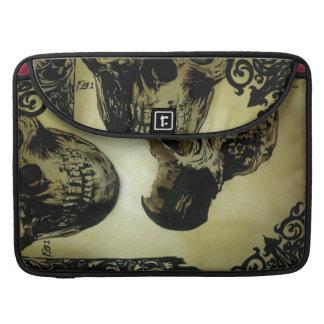 """Victorian Med. Skulls Pop' Macbook Pro 15"""" Sleave MacBook Pro Sleeve"""