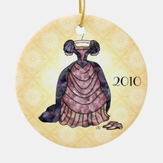'Victorian Romance' Ornament
