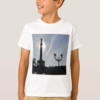 Victory-Column_02.01.G with street lamp, Berlin T-Shirt