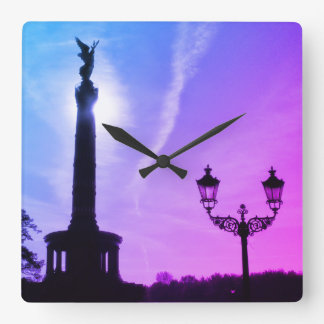 Victory-Column with street lamp 02.F.3, Berlin Square Wall Clock
