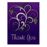 Vid retra púrpura y floral lindos postal