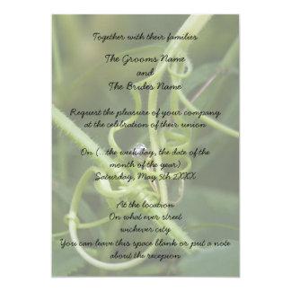 Vid y una invitación del boda del anillo
