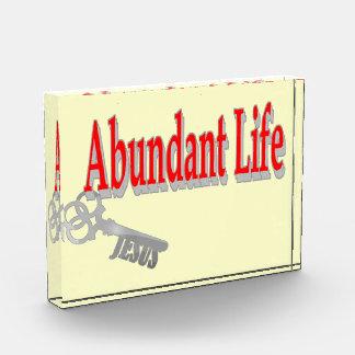 Vida abundante: La llave - v1 (Juan 10: 10)
