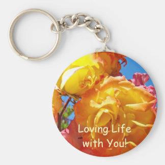 ¡Vida cariñosa con usted! flores del rosa amarillo Llaveros Personalizados