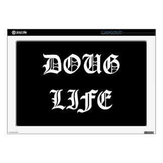 Vida de Doug (blanca) Calcomanía Para 43,2cm Portátil