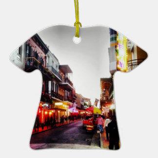vida de noche de image.jpg New Orleans Adorno De Cerámica En Forma De Camiseta