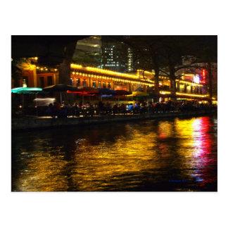 Vida de noche del río postal