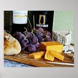 Vida del queso y todavía de las uvas del pan del v poster