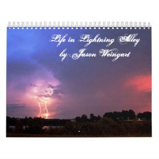 Vida en callejón del relámpago cerca Jason Weinga Calendarios De Pared