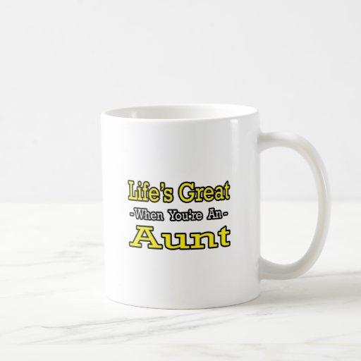 Vida grande cuando usted es una tía taza básica blanca