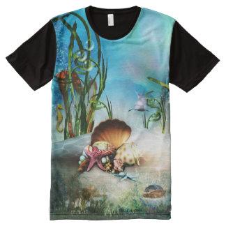 Vida marina subacuática por todo la camiseta de la