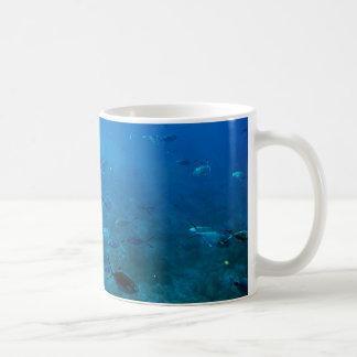 Vida marina taza clásica