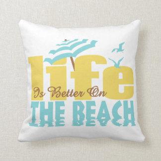Vida mejor en la playa (w) almohada
