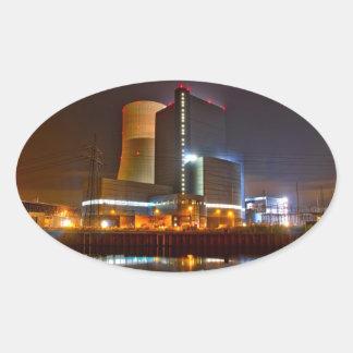 Vida nocturna de la central eléctrica pegatina ovalada