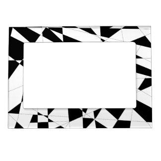 Vida rota en negro y blanco foto de imanes