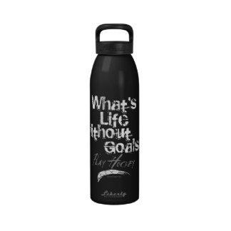 Vida sin las metas (hockey) botallas de agua