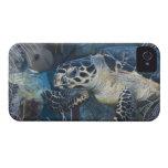 Vida subacuática: Una tortuga de mar de Hawksbill iPhone 4 Case-Mate Carcasas