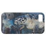 Vida subacuática: Una tortuga de mar de Hawksbill iPhone 5 Funda