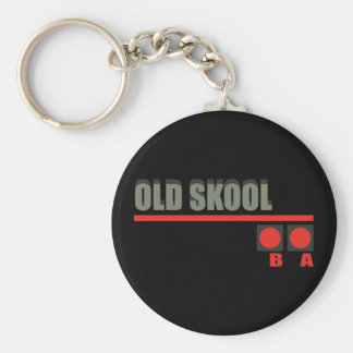 Videojuego 101 en la escuela vieja llavero redondo tipo pin