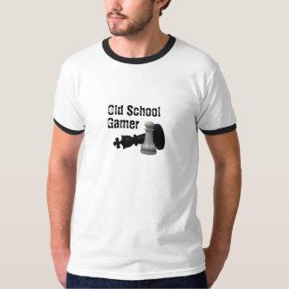 Videojugador de la escuela vieja, ajedrez poleras