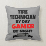 Videojugador del técnico del neumático almohada