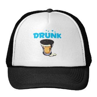 Vidrio bebido cerveza espumosa gorros