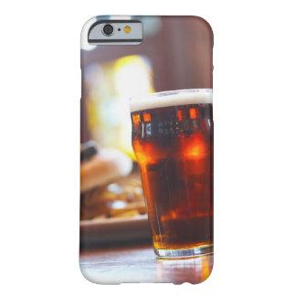 Vidrio de cerveza funda de iPhone 6 barely there