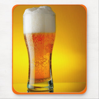 Vidrio de cerveza mouse pads