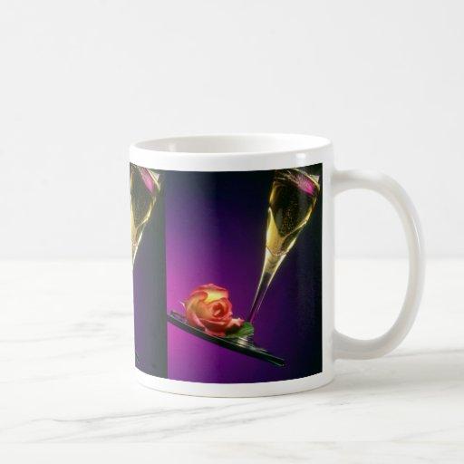 Vidrio de flores del champán y de la flor tazas de café