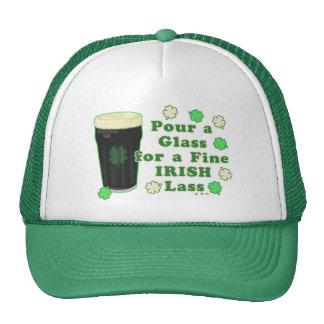 Vidrio de la pinta del día de St Patrick irlandés Gorro