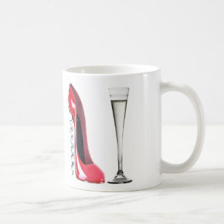 Vidrio del zapato del estilete del sacacorchos y taza de café