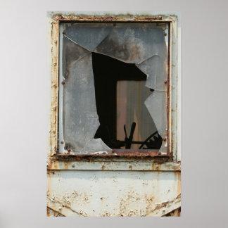 Vidrio quebrado en un poster del tren del vintage