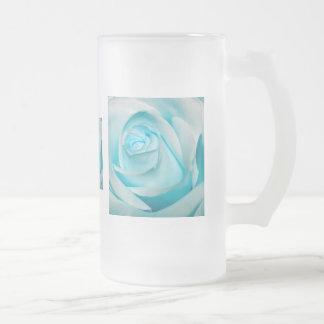 Vidrio subió hielo de la turquesa taza de cristal